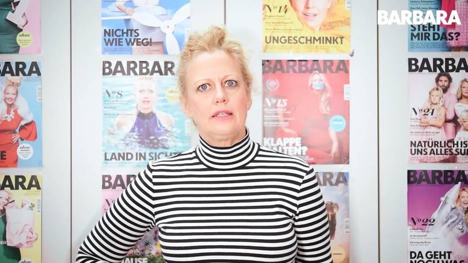 Barbara über Kissen