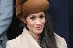 Herzogin Meghan lässt sich das Gesicht massieren