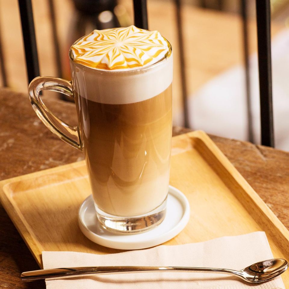 Mandel-Latte-Macchiato