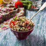 Quinoa mit Chicorée-Walnuss-Gemüse