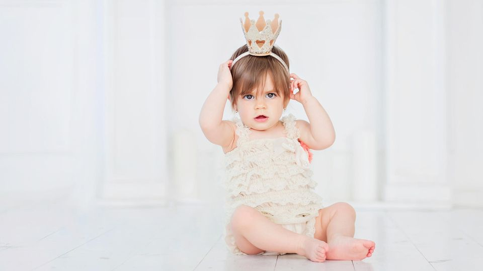 Royale Vornamen: Mädchen mit Krone