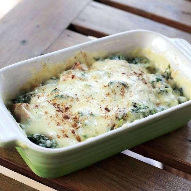 Überbackener Spinat mit Mozzarella
