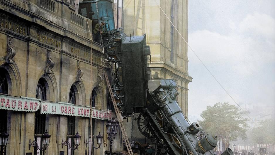 Die Welt von gestern in Farbe - Unfall am Gare Montparnasse