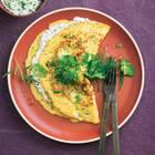 Zucchini-Omelette mit Kräuterquark