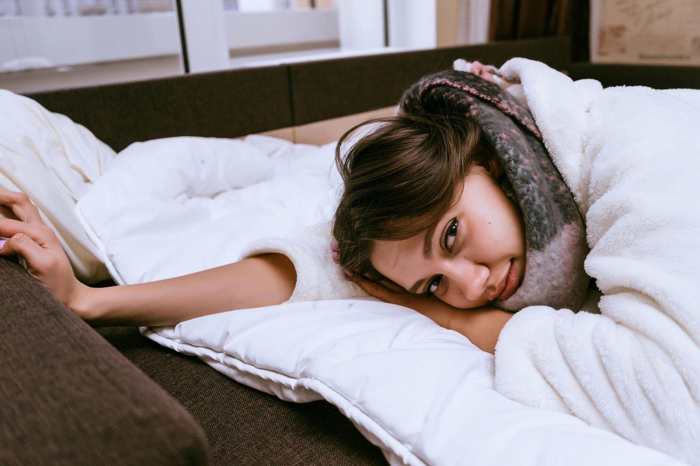 Ständig erkältet: Kranke Frau im Bett