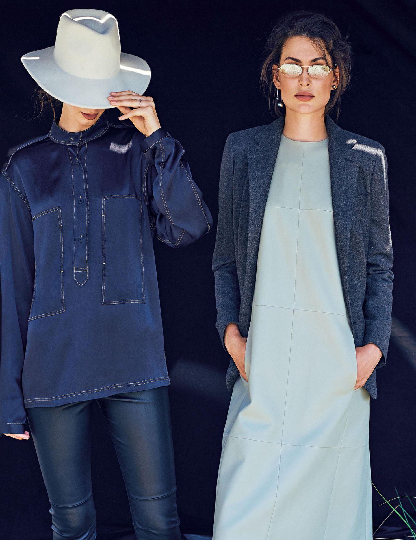 Zwei Frauen in Lederlooks