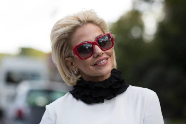 Frisuren: Frau mit klassischem Bob