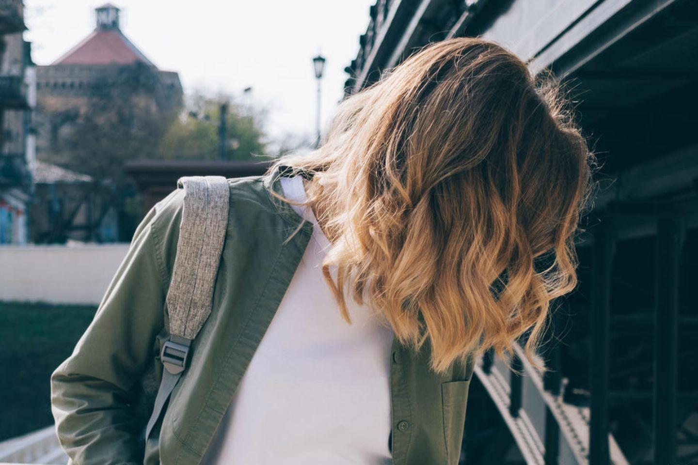 Frisuren: Welcher Haarschnitt passt zu meinem Alter?  BRIGITTE.de