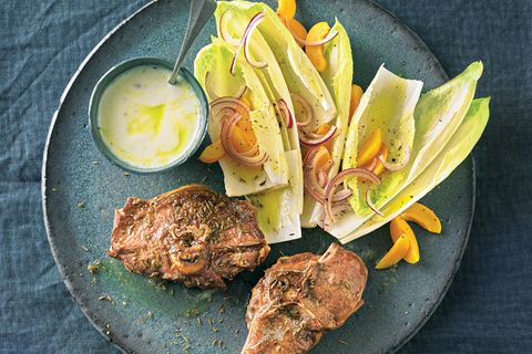 Lammkoteletts mit Chicorée-Salat