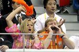 Royals: Königin Maxima und König Willem-Alexander der Niederlande jubeln im Stadion