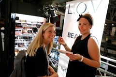 Symposium: LOV Cosmetic