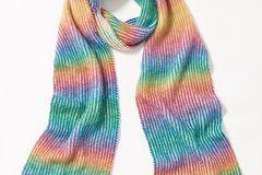 Regenbogen-Schal
