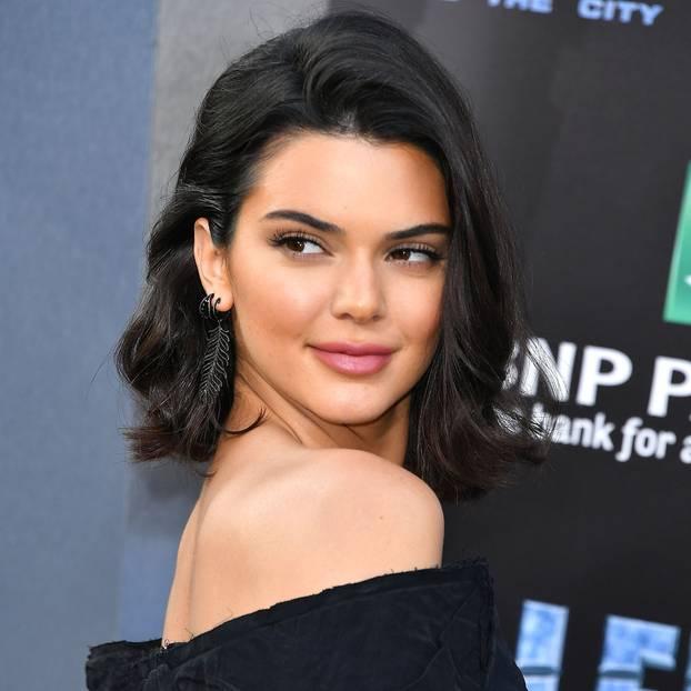 Kendall Jenner mit flippy Lob