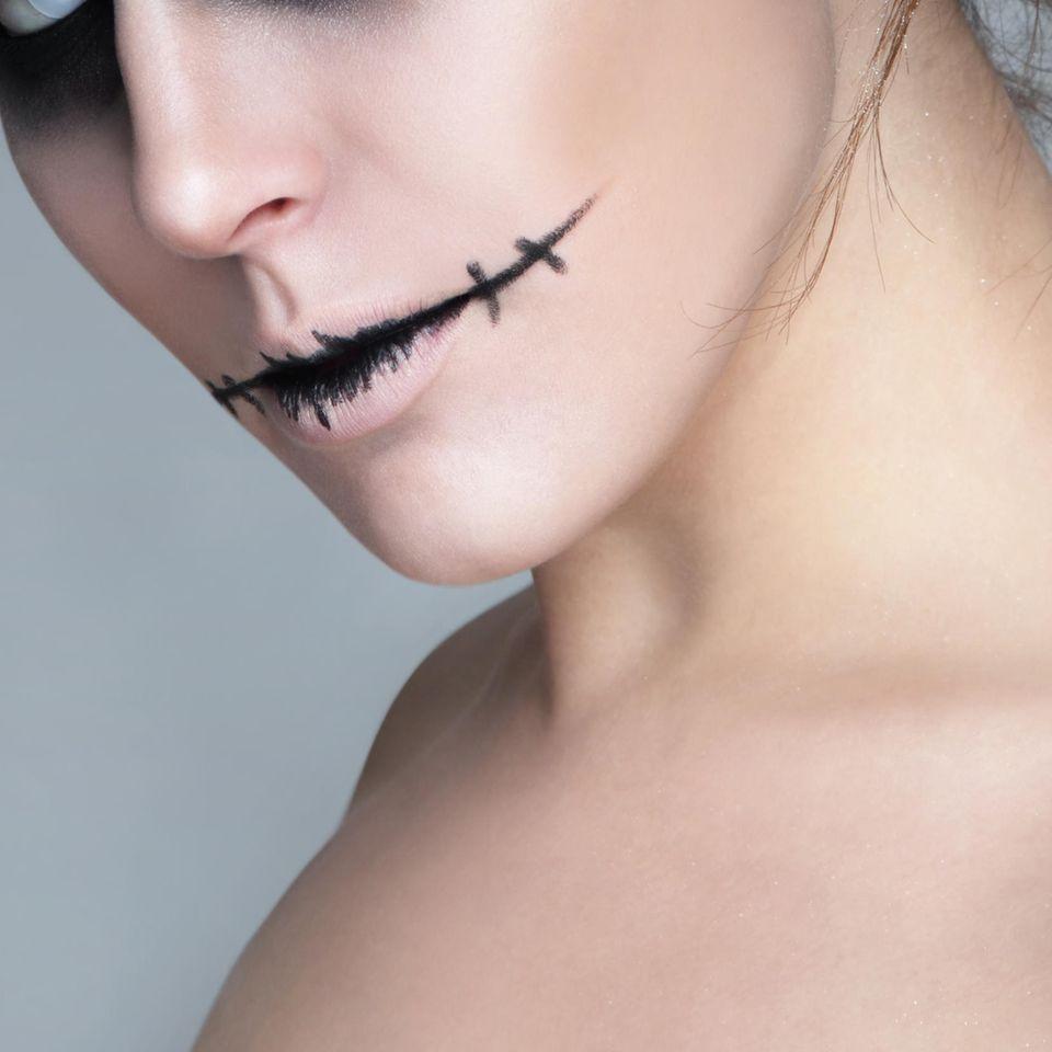 Der beliebteste Halloween Look auf Pinterest: Frau mit Halloween-Makek-up