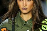 Beauty-Trends 2019: Metallic-Lippen