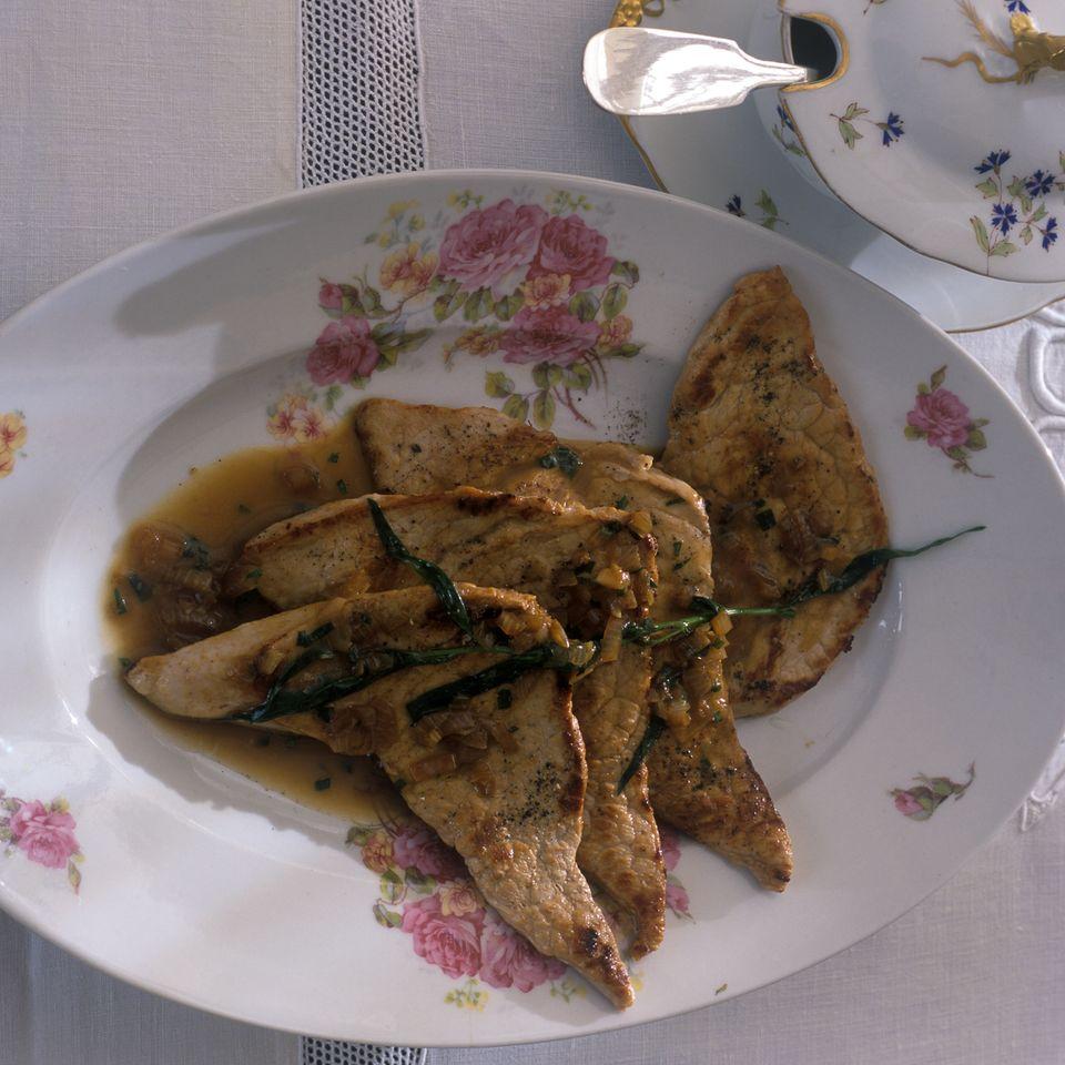 Kalbsschnitzel mit Estragonsoße