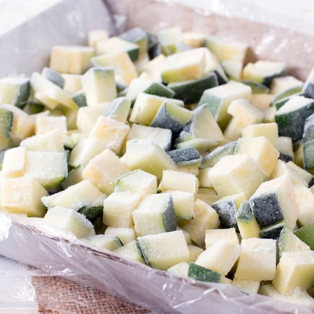 zucchini einfrieren so bleiben sie knackig. Black Bedroom Furniture Sets. Home Design Ideas