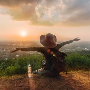Mutig sein: Frau auf Reisen