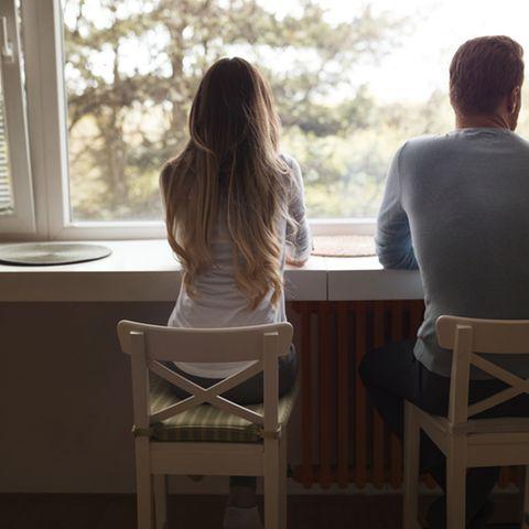 Untreue: So merkst du, wenn dein Partner dich betrügt