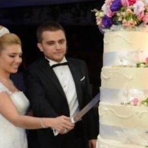Prinzessin Eugenie So Lecker Wird Ihre Gigantische Hochzeitstorte