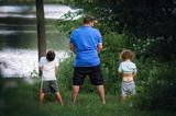 Papas in Aktion: Pipi machen