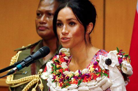 Herzogin Meghan: Bei ihrer ersten Rede als Royal an der Universität von Fidschi sprach sie über die Finanzierung von Bildung.