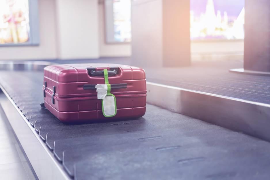 Das passiert WIRKLICH mit deinem Koffer nach dem Check-in!