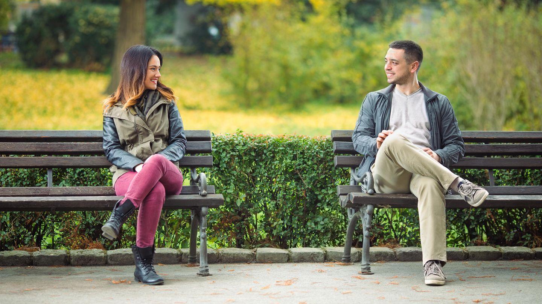 Wie Frauen ansprechen? 10 Tipps und Beispiele für jede Situation!