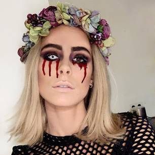 Verwandlung der Stars: Lena Meyer-Landrut mit Halloween-Make-up
