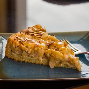 Apfelkuchen mit Mandelknusper