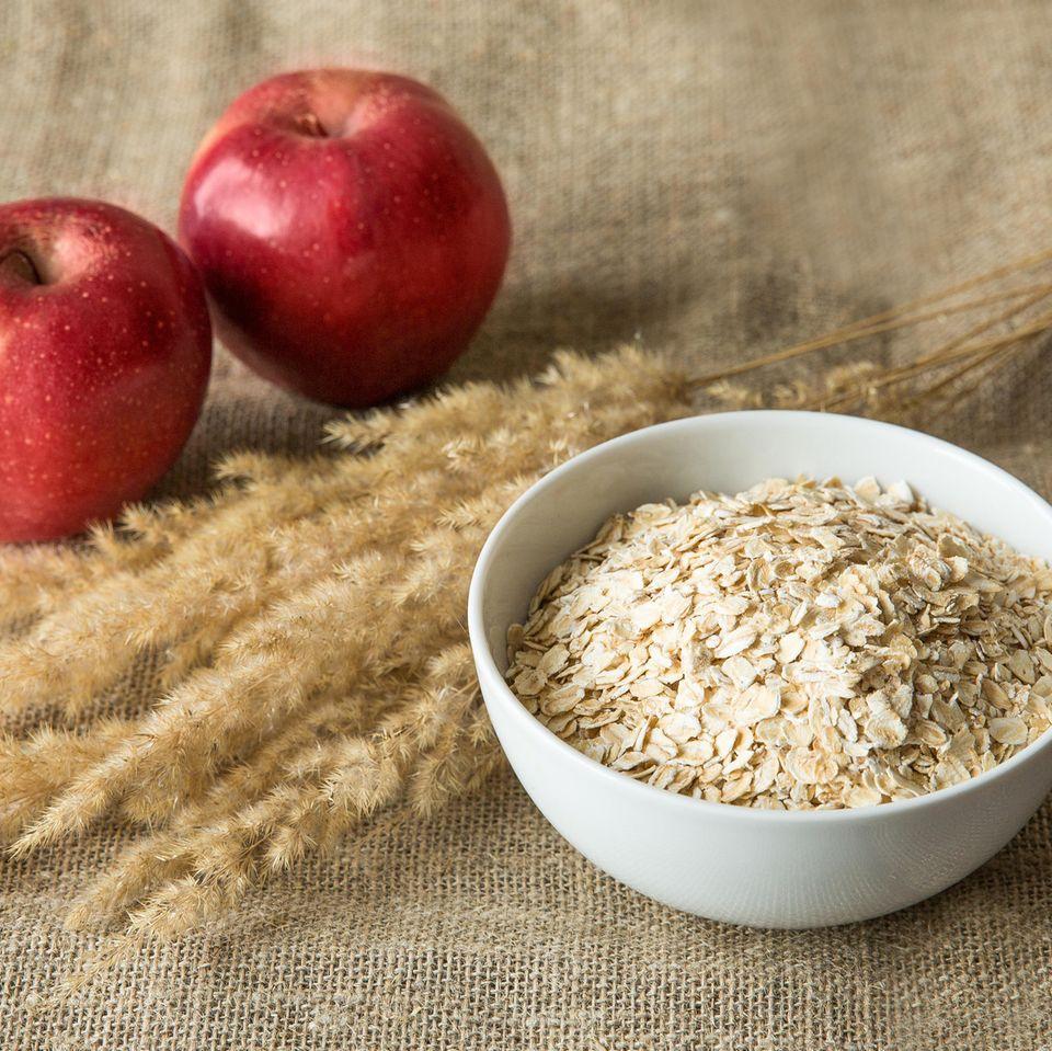 Frühstück mit Haferflocken: Gefüllter warmer Apfel