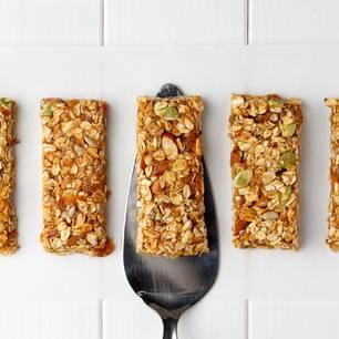 Frühstück mit Haferflocken: Müsliriegel