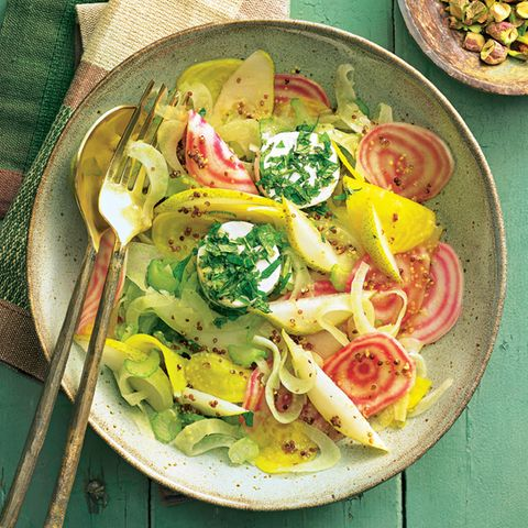 Bunte-Bete-Salat mit Ziegenfrischkäse