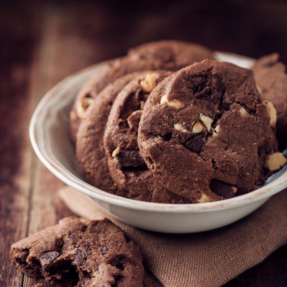 Schoko Cookies mit Nuss