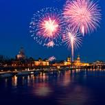 Kurzurlaub-Silvester-Deutschland: Feuerwerk am Hafen
