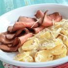 Kartoffelsalat mit Meerrettich-Mayonnaise und Roastbeef