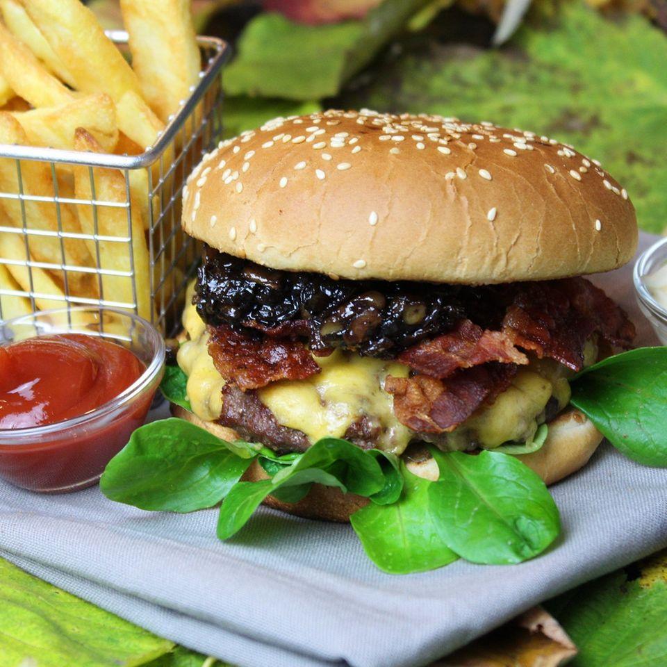 Herbst-Burger mit Apfel-Zimt-Chutney