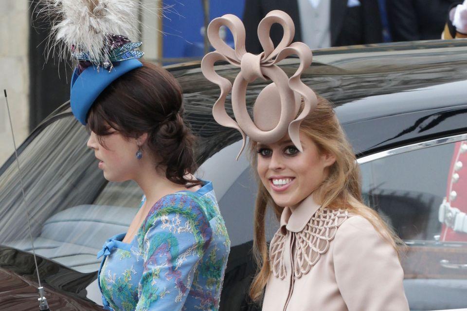 Prinzessin Beatrice: Mit Prinzessin Eugenie bei der Hochzeit von Prinz William und Herzogin Kate
