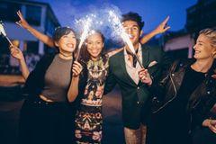 Was kann man an Silvester machen?: Wunderkerzen zu Silvester