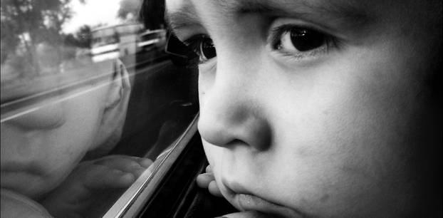Rheinland-Pfalz: Kind in Bus