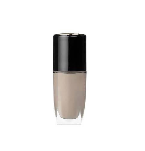 """Eigentlich lieben wir Nude ja das ganze Jahr über. Dieser warme Make-up-Ton mit dem Namen """"Smoky Art"""" sorgt jetzt im Herbst und Winter aber für besonders wohlige Gefühle.  Für etwa 20 Euro bei Lancômeerhältlich."""