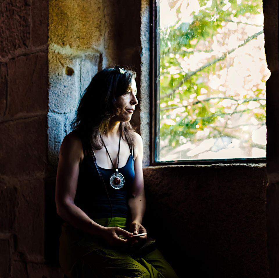 Auszeit im Kloster: Frau im Kloster