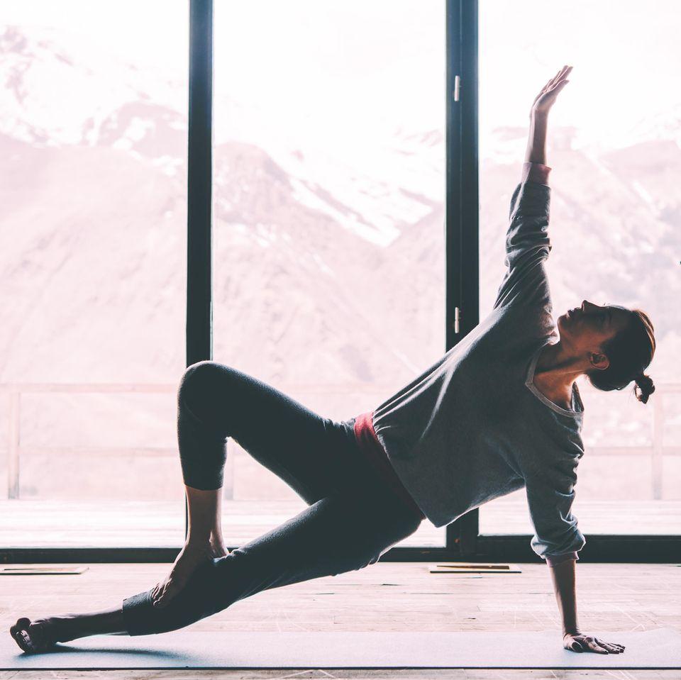 Yoga: Frau macht Yogapause