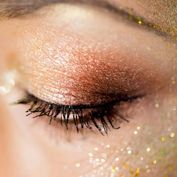 Fairy Dust: Glitzerndes Augen-Make-Up