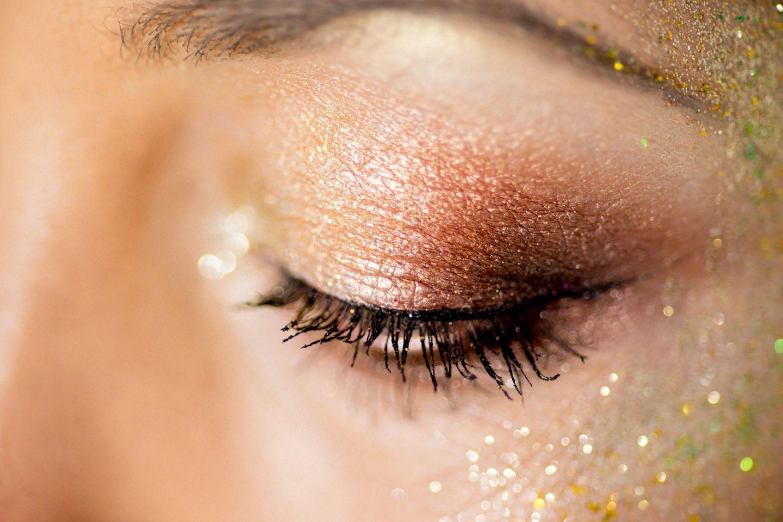 Fairy Dust: Glitzerndes Augen-Make-Up