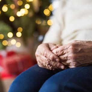 Twitter: Frau findet herzzerreißende Wunschzettel von alten Menschen