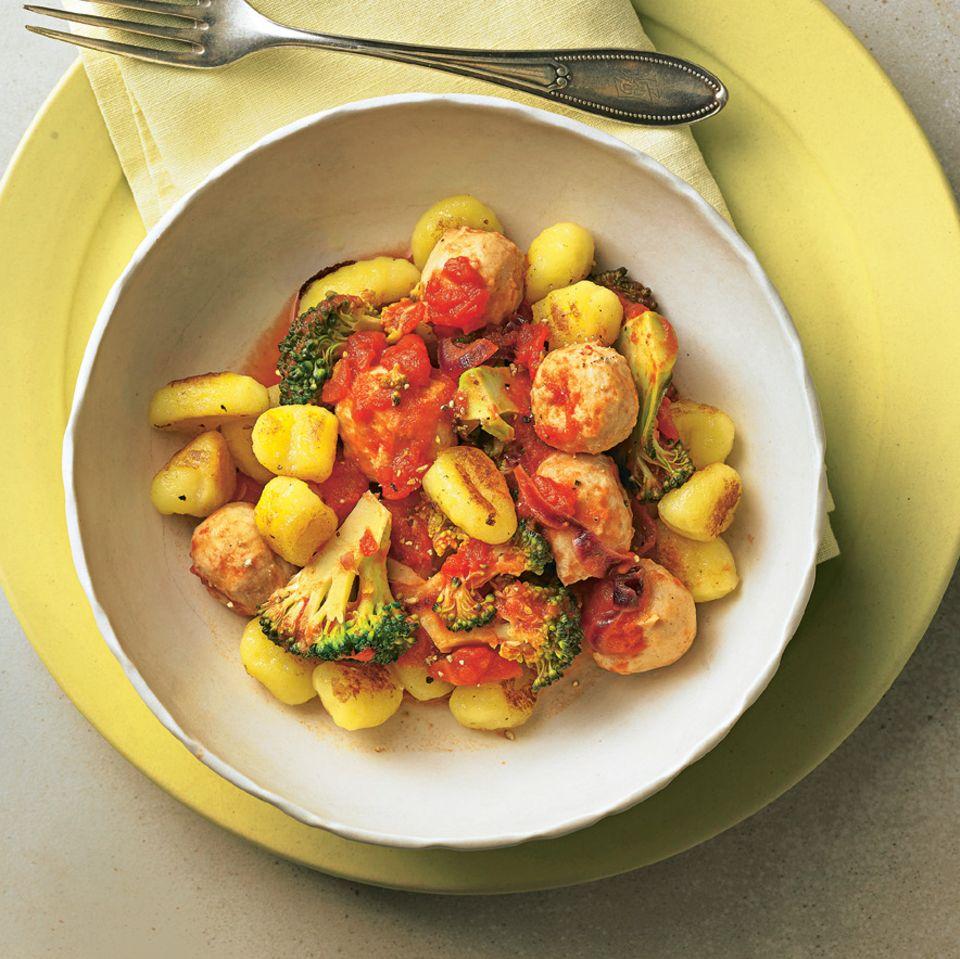 Gnocchi mit Fleischbällchen und Brokkoli