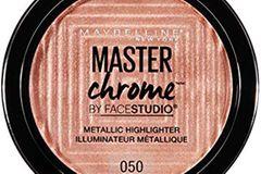 "Die beliebtesten Beauty-Produkte 2018: Maybelline Master Chrome Highlighter in ""Molten Rose Gold"""