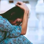 Fehlgeburt: Traurige Frau