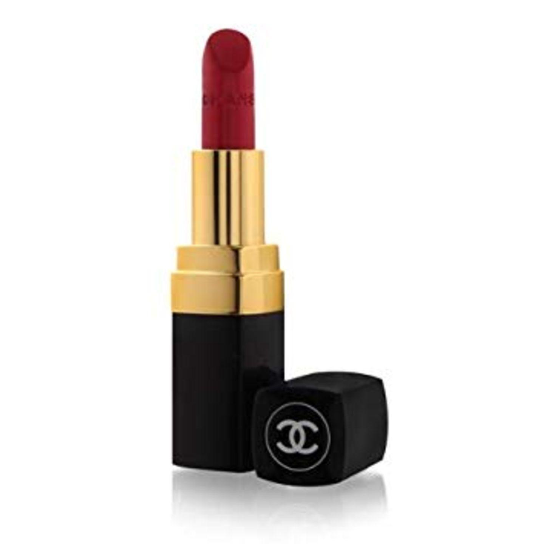 Weihnachtsgeschenke für die Mutter: Roter Lippenstift von Chanel
